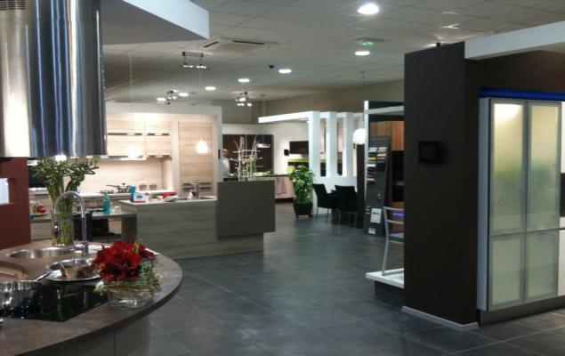 votre magasin schmidt voiron cuisines rangements salles de bains. Black Bedroom Furniture Sets. Home Design Ideas